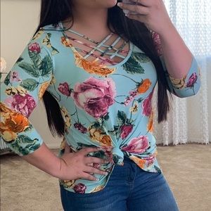 Tops - 1 left!! Bright Teal with Flowers Tunic Style Top